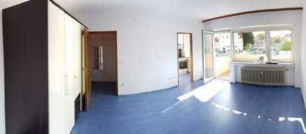 Einzimmer-Wohnung mit großem Süd-/Westbalkon in Augsburg-Lechhausen