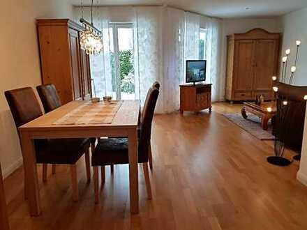Exklusive, charmante, voll möblierte 2-Zimmer Wohnung mit Terrasse in Langen/Linden