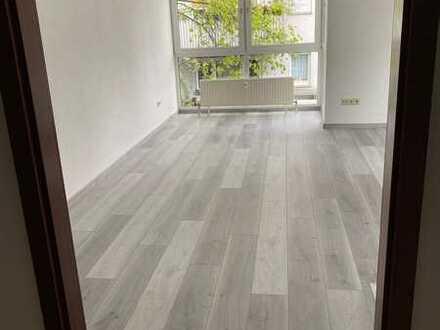 Freundliche, renovierte 1-Zimmer-Wohnung zum Kauf in Heilbronn-Böckingen