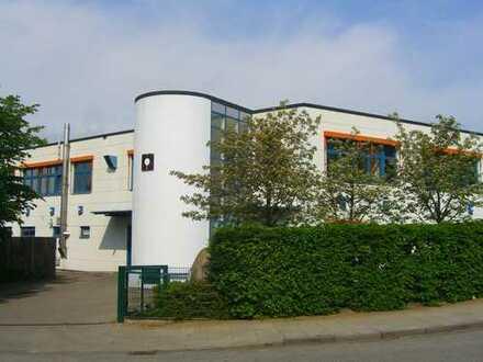 Moderne Gewerbeimmobilie in zentraler Lage in Hamburg Eidelstedt