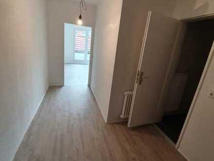 Kontaktfreie Besichtigung möglich - saniertes Apartment mit Balkon - Kreyenbrück!
