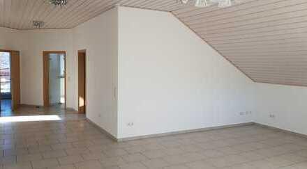3,5-4 Zimmer, Küche, Bad, Balkon – top Ausstattung und Aussicht