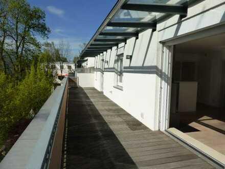 Schickes, repräsentatives Penthouse, Innenhoflage