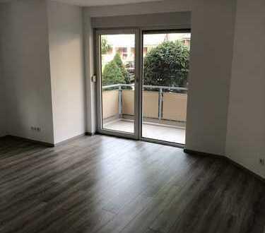 Frisch renovierte 2-Zimmer-Wohnung mit Balkon in Hürth-Hermülheim