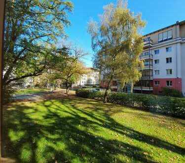 Hochwertige helle und freundliche 4-Zi Whg. im EG mit großem Balkon im Wohnpark Dahlem