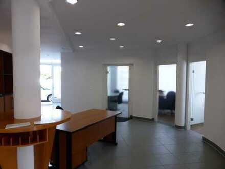 Moderne Büros mit Parkplätze in Freiberg