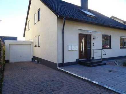 Schönes 3 Familienhaus in gehobener Lage in Neustadt, von privat