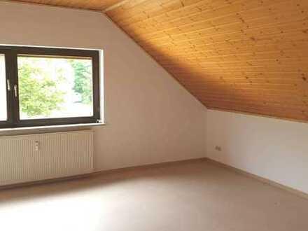 2 Monate mietfrei für Renovierung, 2,5-Z-Wohnung - ruhige Waldrandlage