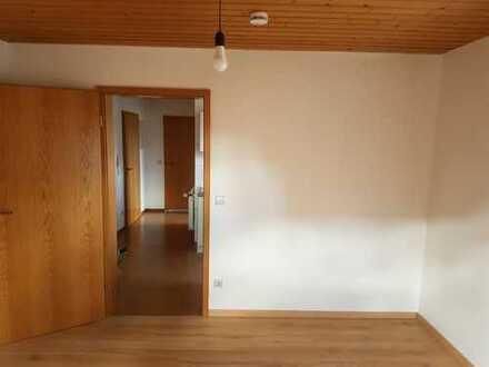 Schöne 1 Zimmer Wohnung in ruhiger Lage Nähe Feldrand in Sindelfingen-Maichingen