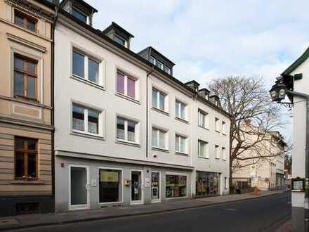 Teil-Möbliertes 1-Zimmer-Appartement mit Balkon und großer Wohnküche