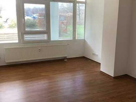 ***Große Wohnung mit offener Küche & 2 Bädern***