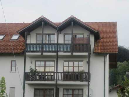 Schöne 2-Zimmer-DG-Wohnung provisionsfrei von privat