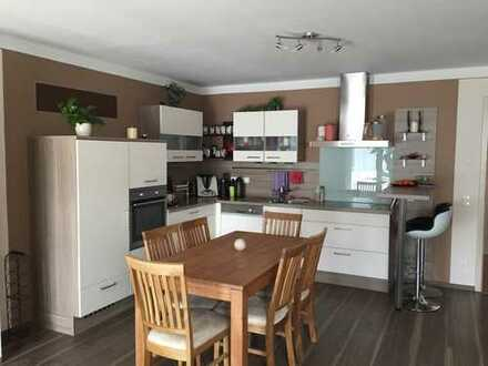 Neuwertige 3,5-Zimmer-Wohnung mit Balkon und Einbauküche in Donauwörth