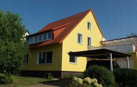 1- bis 2 - Familienhaus mit sonniger und absolut ruhiger Lage