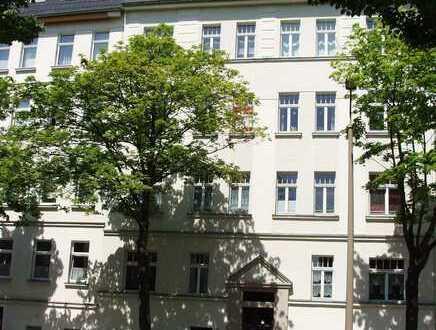 Gohlis*2-Rwhg* große Küche*EBK* Balkon* Tageslichtbad*ruhige Lage* sanierter Altbau