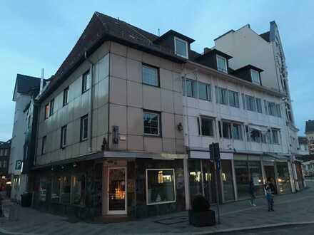 Wohn - und Geschäftshaus in der Fussgängerzone von Hamburg Bergedorf