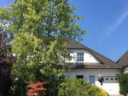 Exklusive Doppelhaushälfte in begeherter Lage von Herdecke-Ahlenberg