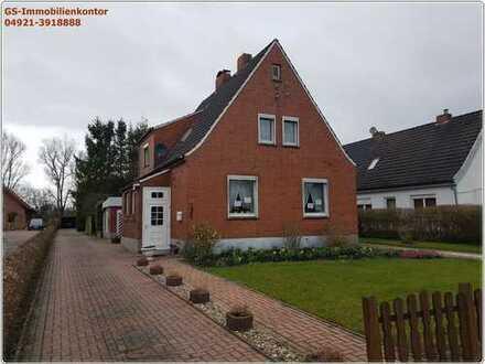 Einfamilienhaus mit Garage und Anbau in Emden/Borssum