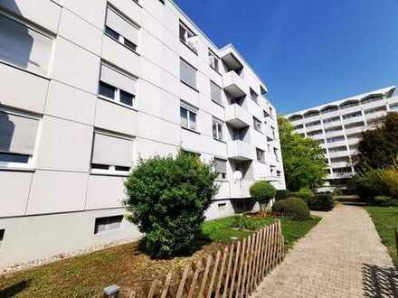 BIETERVERFAHREN! Hier fühlt man sich wohl, schöne 4 Zimmerwohnung mit 2 Balkone in Durlach