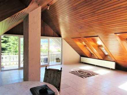 Immoness24.de Reduzierte Maklerprovision- Schöne 2 Zimmer Wohnung mit Balkon