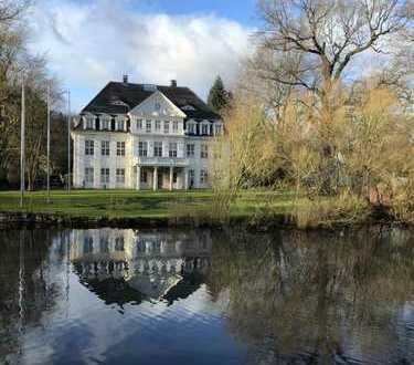 Wohnen in historischem Herrenhaus