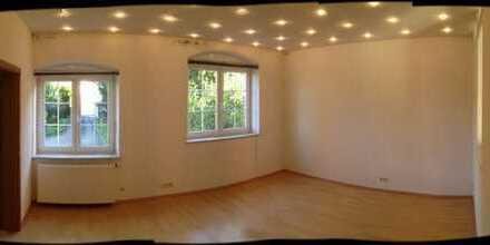 Helle zwei Zimmer EG Wohnung in Waldenbuch, Kreis Böblingen