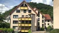 Top 2 Zimmer-Wohnung -Wohn/Esszimmer -Flur-Küche -Bad zur Miete in Schramberg Nähe Zentrum
