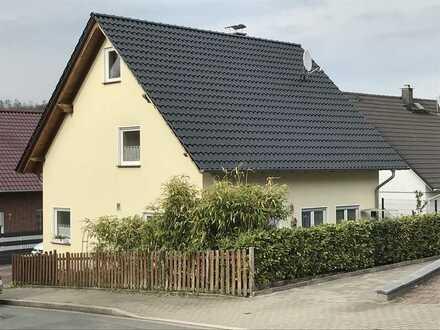2007 Einfamilienhaus 5 Zimmern Garage Parkplätze TOP Verkehrsanbindung Naturschutzgebiet Zentrumnah