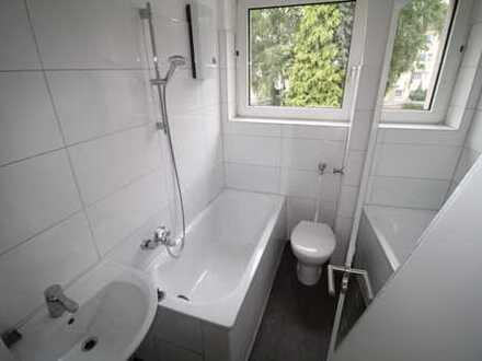 **frisch sanierte Wohnung mit offen gestalteter Küche und 2 Schlafzimmern zum sofort Bezug**