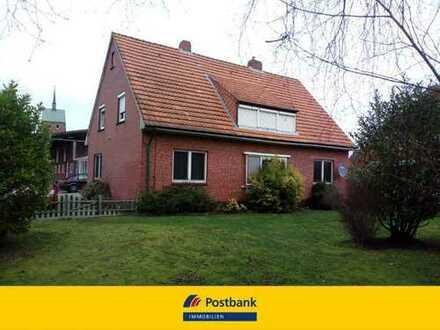 Renditeobjekt! Vermietetes Zweifamilienhaus in Hage