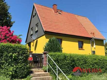 ruhig gelegenes Einfamilienhaus mit Garten und Stellplätzen