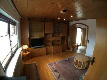 Gepflegte 2-Zimmer-Maisonette-Wohnung mit Balkon und Einbauküche in Herten-Disteln