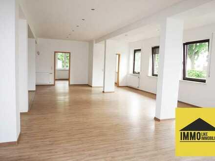 *sanierte 4-Zimmer-Erdgeschoss-Wohnung für Familien direkt an der Salz*