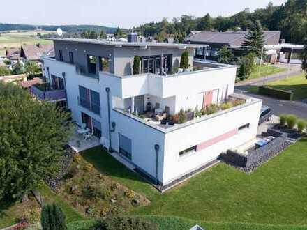 Hochwertig ausgestattete 3,5-Zimmer-Wohnung mit Penthouse-Flair