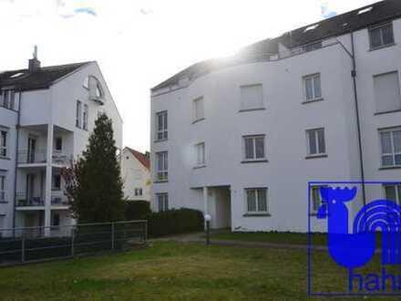Ideal zur Eigennutzung oder Kapitalanlage: schöne, neu renovierte 2-Zi.-ETW mit Balkon