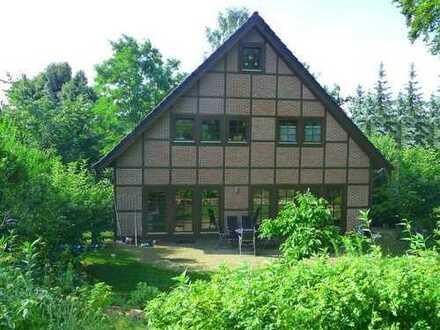 Landhausvilla auf idyllischem Grundstück in der Gartenstadt Berlin-Frohnau