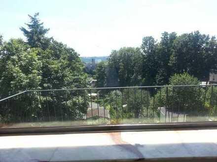 Schöne, geräumige drei Zimmer Wohnung in Essen, Steele