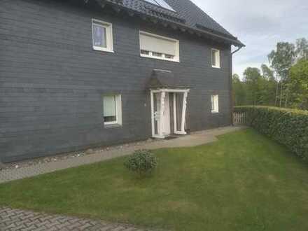 Vollständig renovierte 3,5-Zimmer-Erdgeschosswohnung mit Terrasse in Wipperfürth