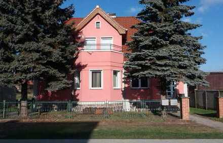 schöne 2 Zimmerwohnung in einer Villa in Lunow zu vermieten