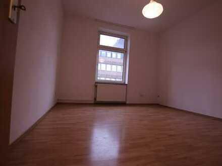 Grosse 3 Zimmer Wohnung in Frankfurt Bornheim ab sofort zu vermieten