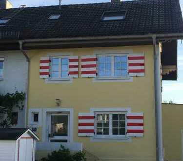 Doppelhaus mit 6 hellen Zimmern in bevorzugter Lage von Unterhaching b. München