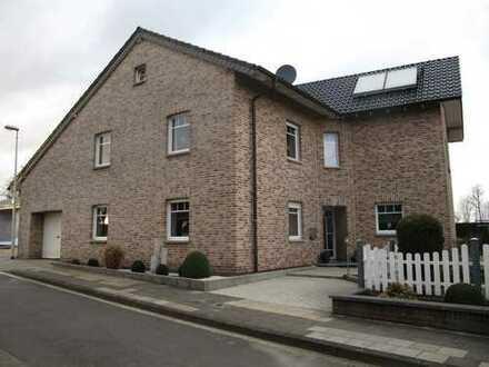 Freistehendes EFH in ruhiger Lage mit Garage und Garten in Herzogenrath-Merkstein