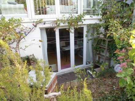 Möblierte Einliegerwohnung mit eigenem Eingang und Terrasse in Vaihingen/Enz