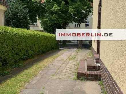 IMMOBERLIN: Charmantes Mehrfamilienhaus in beliebter Lage