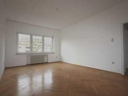 Zooviertel - renovierte 4-Zimmer Wohnung mit großem Balkon