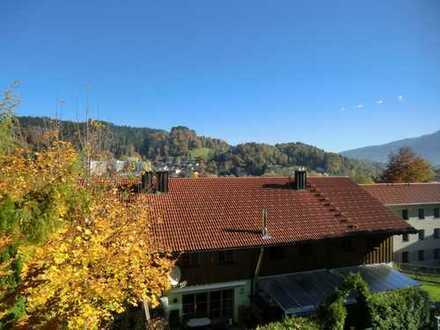 Ein neues Heim:In ruhiger und familienfreundlicher Lage mit schöner Terrasse
