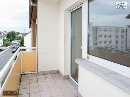 Schöne, sonnige Wohnung mit Balkon in ruhiger Seitenstraße im Ortsteil Lämmerspiel