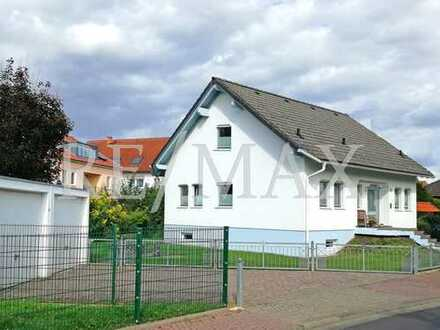 RE/MAX : Komfortables Einfamilienhaus in Gronau