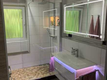 Exklusive, neuwertige und ruhig gelegene 3Zimmer-Wohnung mit Balkon und Einbauküche in Herrenberg-TO