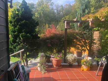 ... wie in einem Einfamilienhaus... mit eigener Terrasse, eigenem Garten und Einzelgarage!